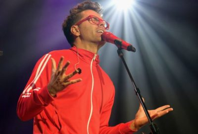 Bobby Bones performs