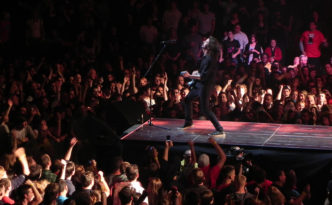 Foo Fighters Playing Live